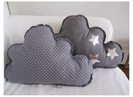 Cojines nubes de estrellas pitimana knits for baby for Cojines de nubes