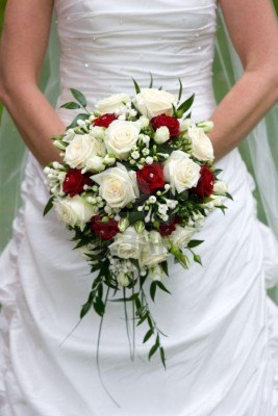 bouquet de marier fleurs de deco mariage de marie mariage pascalou afficher origine hiver bouquets de marie roses crme - Fleurs Lyophilises Mariage