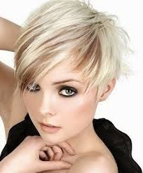 Resultado de imagen para chavas con pelo corto guapas