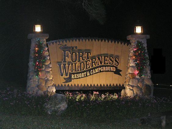 disney world fort wilderness campground   File:Disney's Fort Wilderness Resort and Campground sign at night.jpg