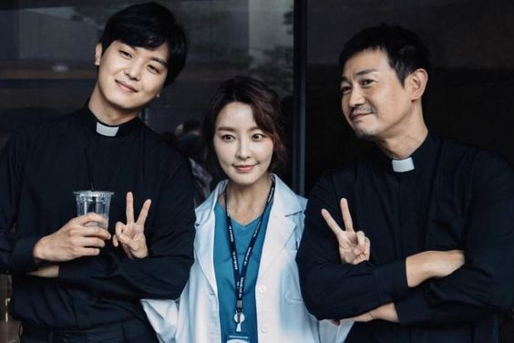"""Main Cast Of """"Priest"""" Shares Praise For Each Other Along With New Behind-The-Scenes Photos"""