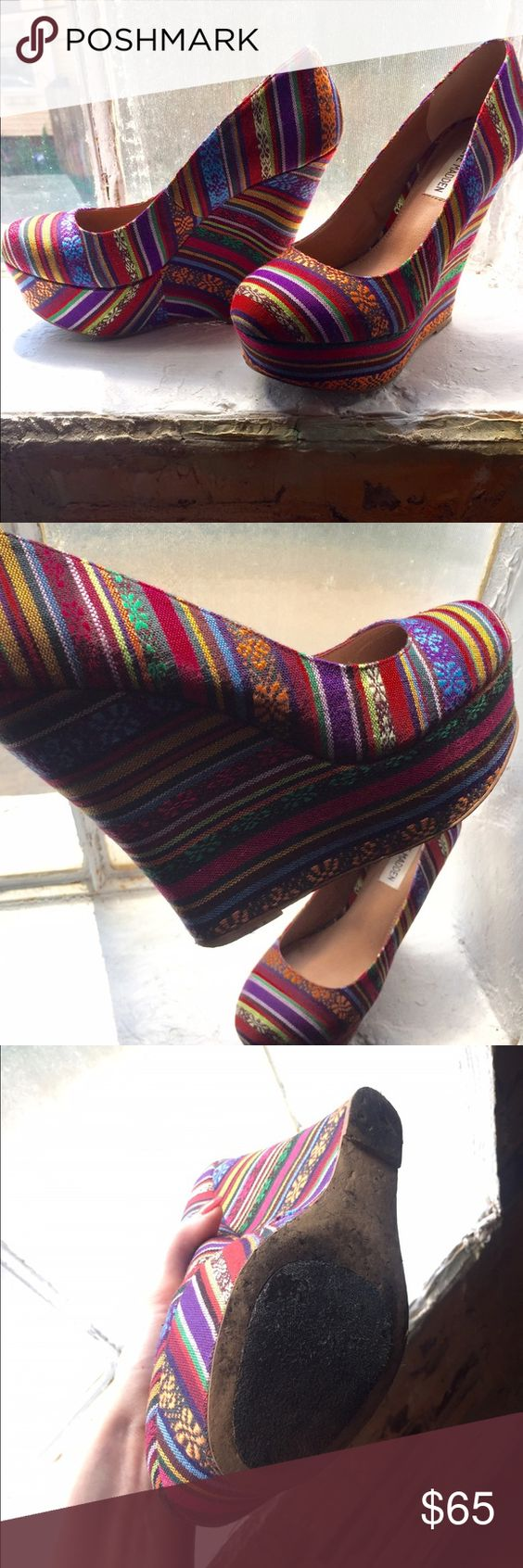 """Steve Madden Aztec print wedge Steve Madden multi-colored Aztec print wedge, approx 4"""" heel, size 8.5, worn once at a wedding, wear & tear on the sole only. Excellent condition. Without original box. (Lower price on Ⓜ️ercari) Steve Madden Shoes Wedges"""