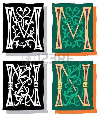Estilo medieval, las letras del alfabeto ingl�s, M y N, mono y color photo
