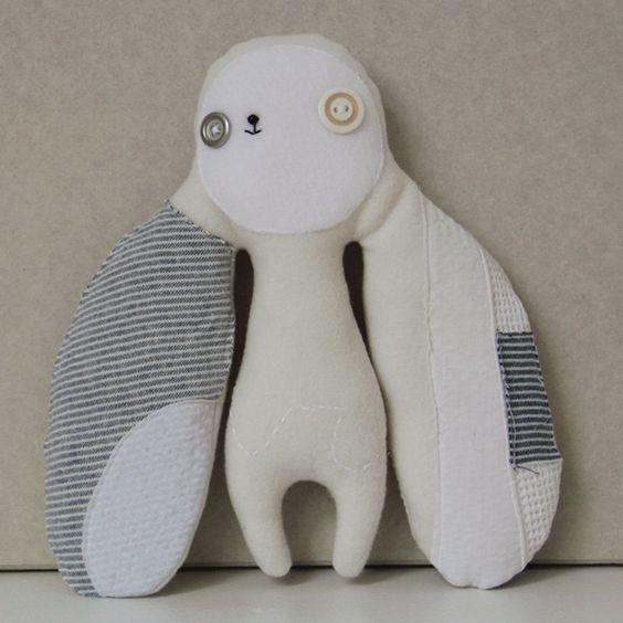 Een leuke knuffel om te maken: Stuffed Toys, Art Scultpures Toys, Crafts Ideas, Diy Toys, Felt Toys, Kids Toys, Plush Toys
