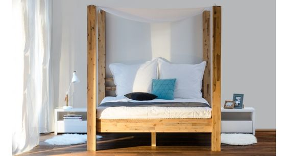 Romantic canopy bed <3