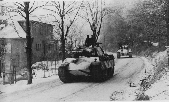 Panther Ausf G belonging to the 21st Panzer Division. 1945 eastern front.