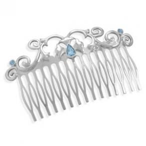 Look beautiful from head to toe with this stunning hair accessory.