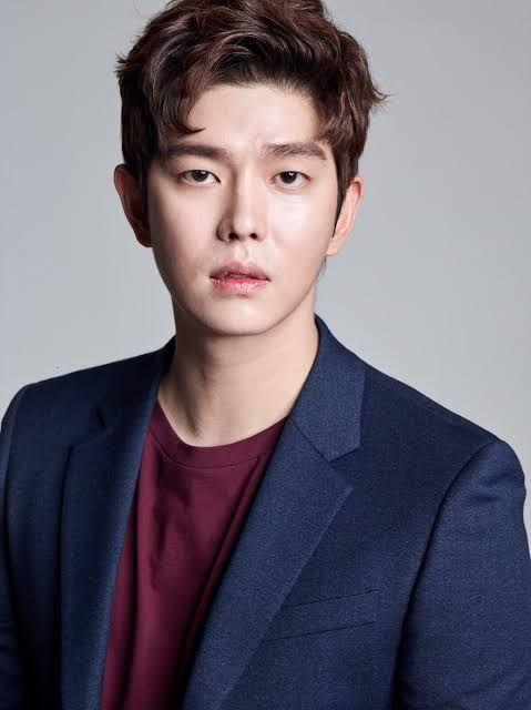 Yoon Kyun Sang in 2020   Kyun sang, Korean actors, Kdrama actors