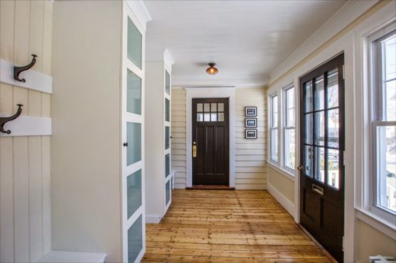 SoPo Cottage: Before and After: The Foyer (aka Mudroom)