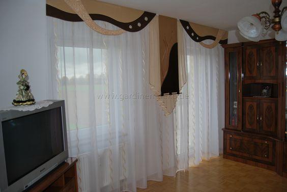Klassischer Wohnzimmer Vorhang mit braun-beige Tönen und - küchengardinen mit schlaufen