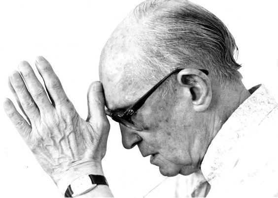 Nem de Tal/Estadão - Foto do poeta mineiroCarlos Drummond de Andradeem 1986:
