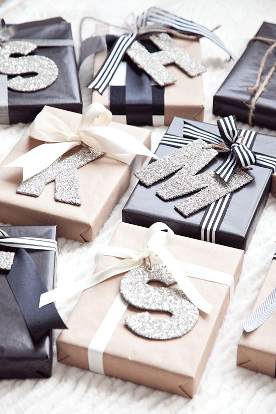 Personalized Christmas Wrapping | Boxwood Clippings | Bloglovin':