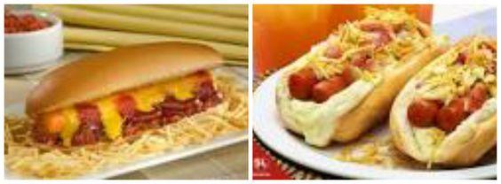 Hot dog americano •10 salsichas •Molho de tomate •Água •3 tomates •2 pimentões •2 cebolas •1 colher de chá rasa de sal •1/2 colher de chá rasa de pimenta em pó •Orégano a gosto