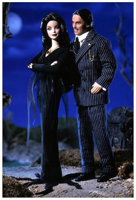 2000 Adams Family Giftset Barbie® | Barbie Loves Pop Culture *POP CULTURE