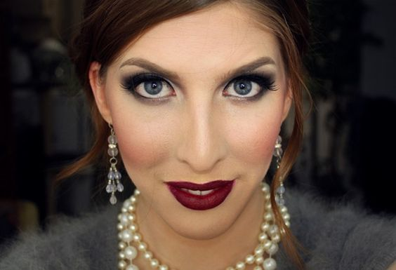 I love this makeup. I wonder if it would be too dark.