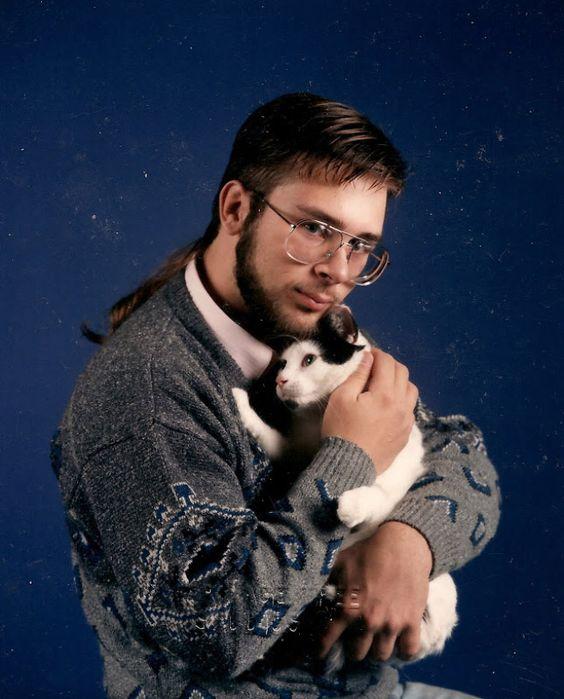 epic-galerie-les-xx-pires-photos-dhommes-avec-des-chats-18