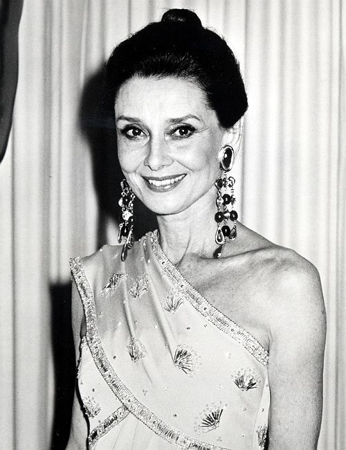 """""""Audrey Hepburn at the Academy Awards, 1986."""""""