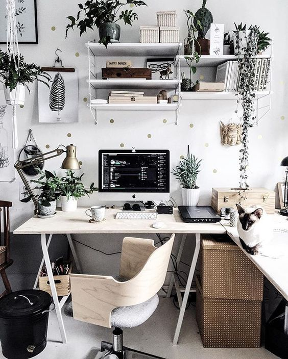 Pin for Later: 12 Real Desks So Gorgeous They'll Inspire You to Make Over Your Workspace Nature Decor: