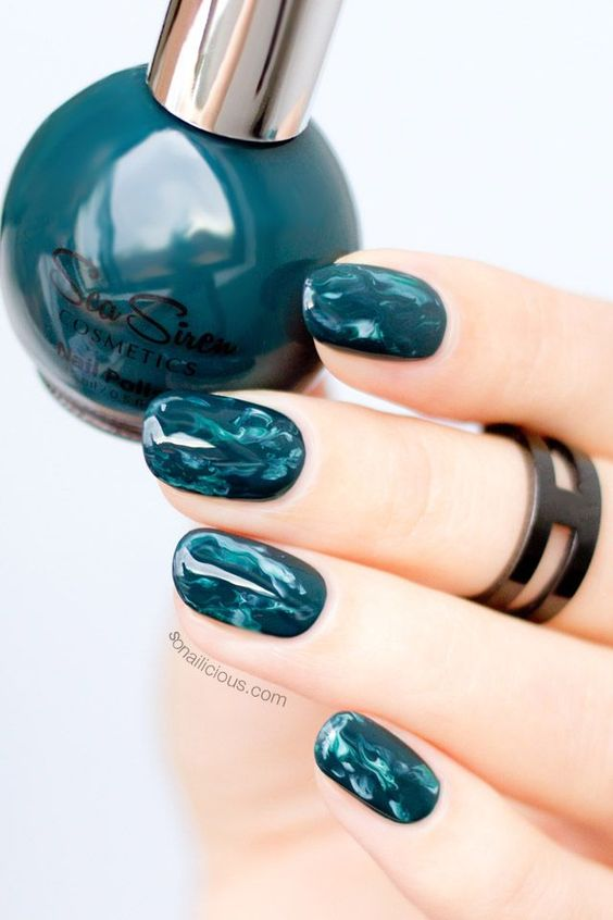 Mani Monday: Green Marble Nails: