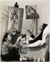 Gala et Salvador Dalí à l'époque de la rédaction des 50 secrets magiques à l'hôtel Del Monte Lodge, 1947