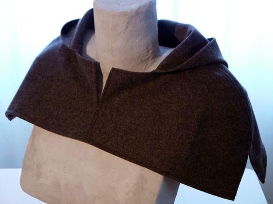 Kapuzen Cape aus Tuchloden für Robin Hood Kostüm
