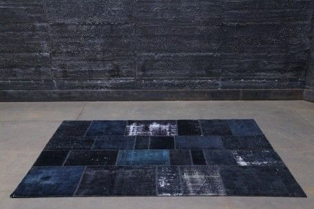 The beauty of sustainability: patchwork-carpet, made of used carpets. Perfect footing for your ecological footprint.