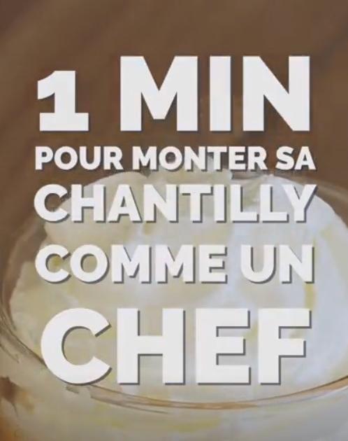Une Chantilly C Est Une Creme Aeree Et Onctueuse A Base De Creme Fraiche Et De Sucre U Comment Faire Une Chantilly Faire Une Chantilly Creme Chantilly Facile