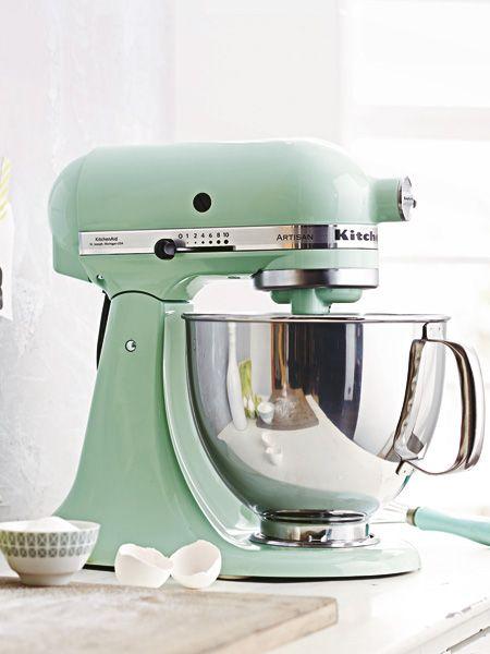 Immer schön cool bleiben! Bringen Sie hier und da ein wenig kühles Grün in die Küche. So brennt stiltechnisch garantiert nichts an.
