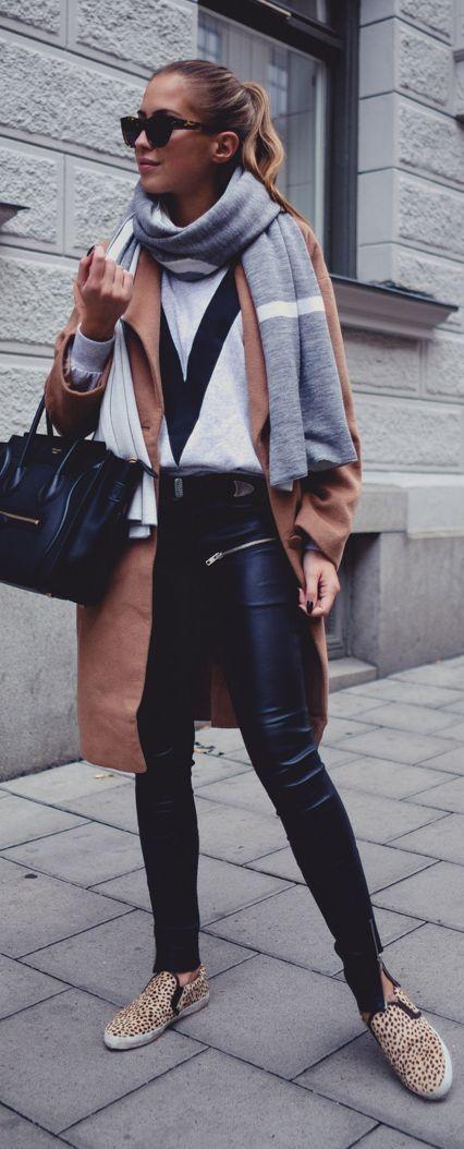 the black leather leggings!