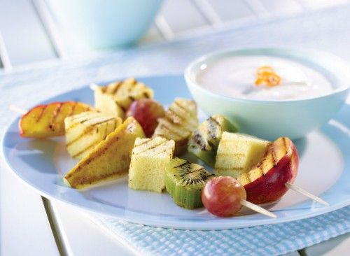 Fresh Fruit Kebobs with Maple Vanilla Dipping Sauce Recipe.  Grilled Fruit on Skewers.  Kiwi, Pear, Nectarine or Peach, Grapes, Pound Cake.  Maple Vanilla Dipping Sauce made with Plain Yogurt, Pure Maple Syrup, Orange Peel, Vanilla.