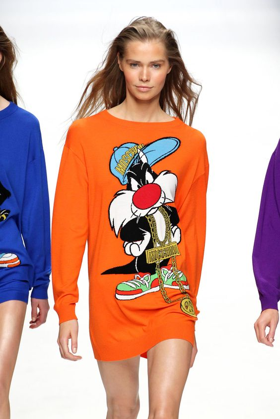 Moschino AW15 Looney Tunes Collection And Show Images | Marie Claire