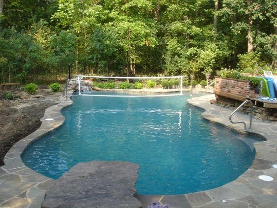 Amazing free form pool design freeform swimmingpool for Amazing pool designs