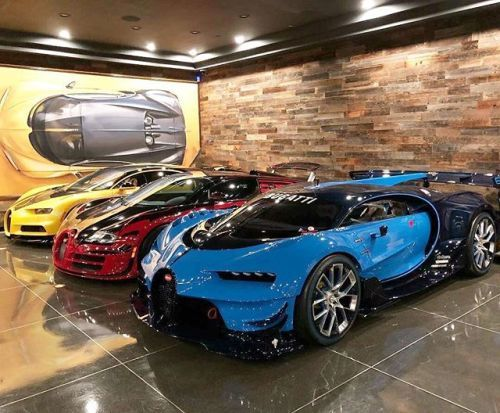 Soulmate24 Com Richfamous Goldrushrally Family Member S Garage With Hellbee Luxury Royalty Class Sophis Sports Cars Luxury Best Luxury Cars Luxury Cars