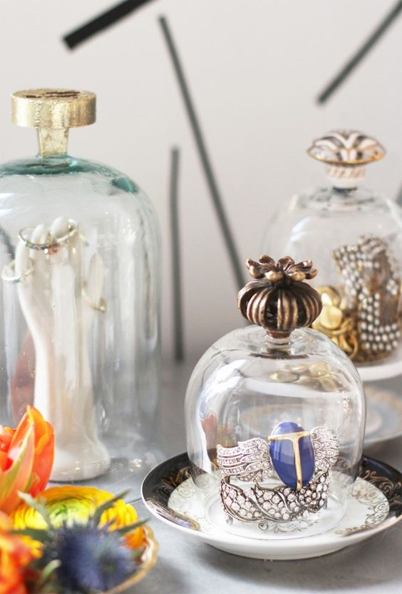 A vintage inspired aesthetic was the perfect inspiration for these oh so pretty, and easy to make jewelry cloches.: