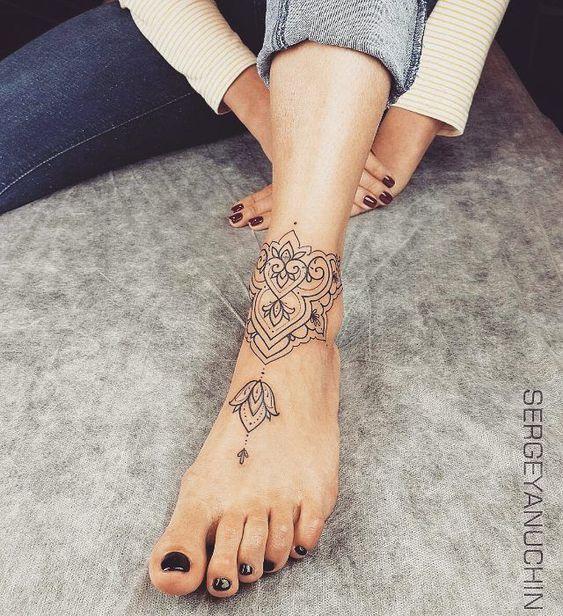 Unterarm frau mandala tattoo 250+ Tattoos