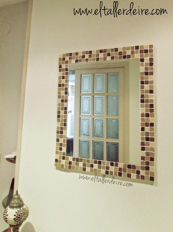Cómo hacer un marco grande con mosaico