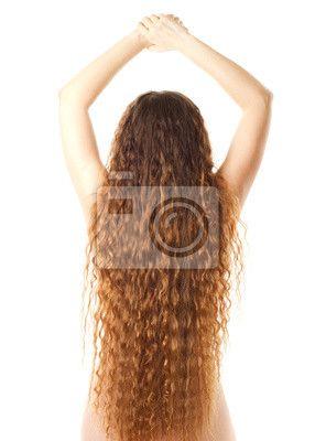 Młoda kobieta z tyłu i długie kręcone włosy na obrazach Redro. Najlepszej jakości fototapety, naklejki, obrazy, plakaty. Chcesz ozdobić swój dom? Tylko z Redro