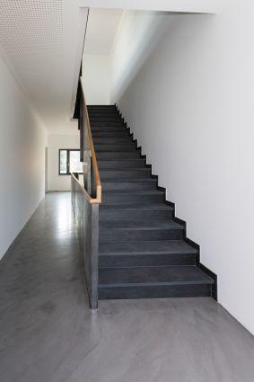 Ein Impuls für die Tradition von Rathscheck Schiefer - Schieferwerksteine von Rathscheck Schiefer als Treppenbelag.