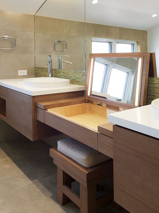 Bancadas E Cantinhos De Maquiagem Ideias Para Você Se Inspirar - Bathroom vanity with makeup counter for bathroom decor ideas