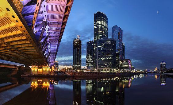 Under the bridge by Victoria Ivanova, via 500px