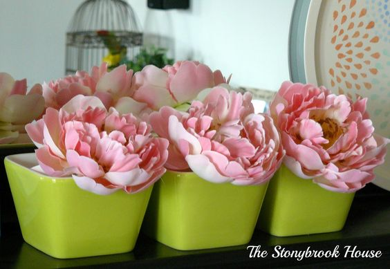The Stonybrook House: Spring Time Mantel…..