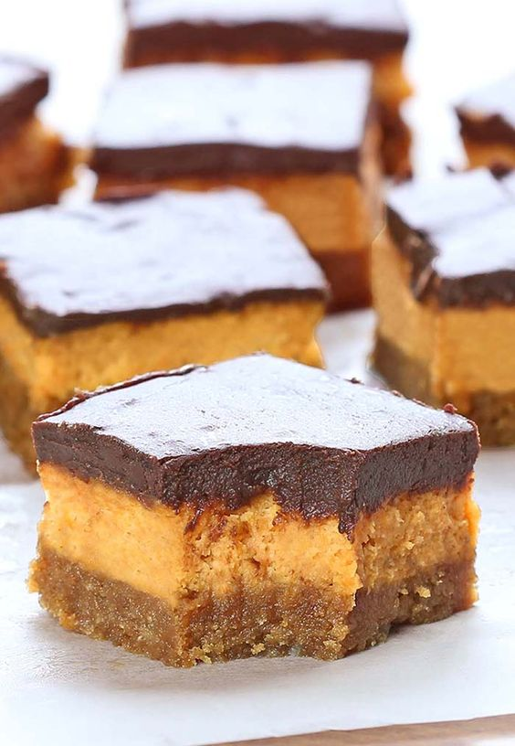 These chocolate pumpkin cheesecake bars are creamy, chocolate-ly and packed with pumpkin and cream cheese.