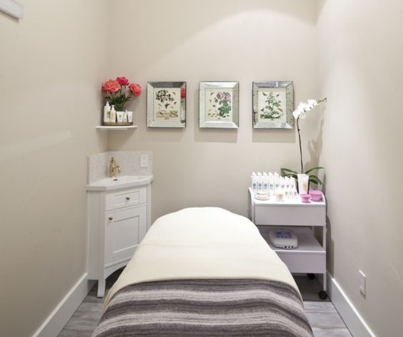 Queen Bee Day Spa Massage Therapy Room