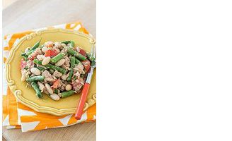 This green and white bean salad can be enjoyed with or without Tuna! For those of you who are more adventureous add salmon or sardines!