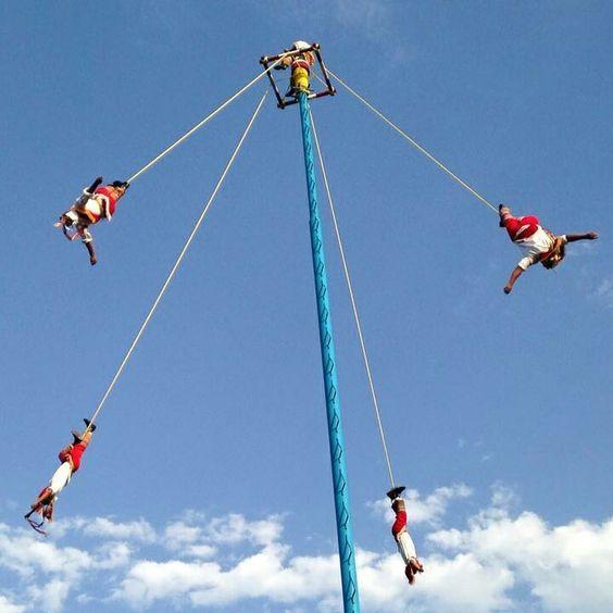 Voladores de papantla. Veracruz  México