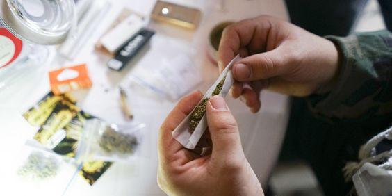 Un jeune homme condamné pour avoir fumé un joint en direct sur #Périscope