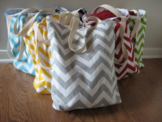 Bridesmaid Gifts 5 Small Chevron Beach Totes Welcome Bags Wedding Favors Maid Of Honor 140 00 Via Etsy My Style Pinterest Maids