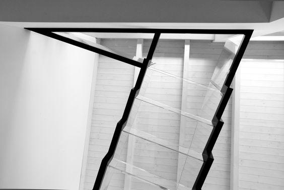 Case prefabbricate in legno | Progetto di ristrutturazione edilizia e riqualificazione urbana del quartiere in Via Marco Polo, Limbiate (MB) attraverso la sopraelevazione in legno di un piano aggiuntivo | Direzione tecnica e artistica: Arch. Enrica Lavezzari | Progetto esecutivo Jove Spa | Fotografia: @sofizophe