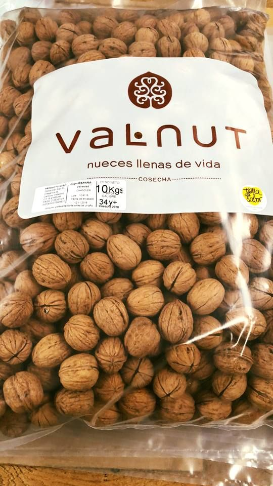 Nueces Llenas De Vida Valnut Nuez En Ingles Nueces Fruta