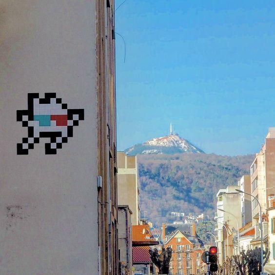 On instagram by jsmome #spaceinvader #unas (o) http://ift.tt/1Kd8rCd @invaders  s #invader #invaders  #clermont #clermontferrand  #myauvergne #igersauvergne #streetart #art #culture #wallart #streetartporn #streetartist #clermontfd #clfd #auvergnenouveaumonde #auvergne  #igersclermontferrand #graffiti #wallart  #paint #graffitiart #graffitiporn #arts #artist  #streetartclermont #myclermont #puydedome #landscape